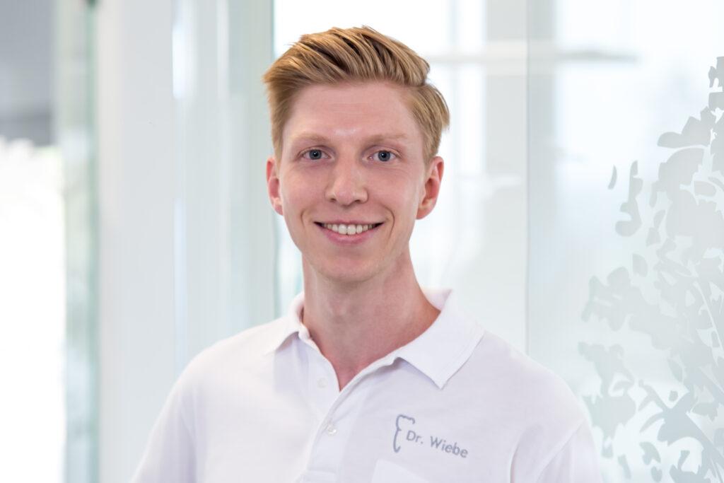 Dr. Jan-Frederik Wiebe - Kieferorthopäde in Reinbek und Lauenburg