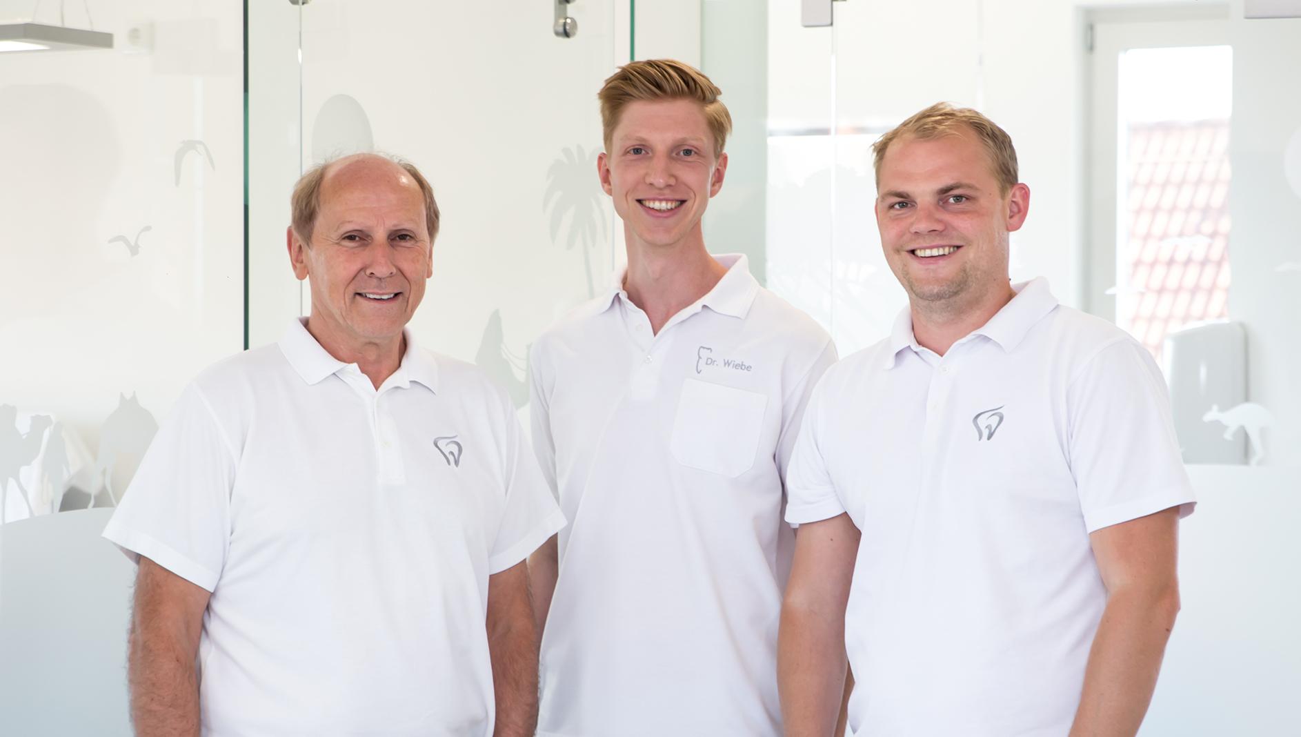 KFO Team Dr. Dolle , Dr. Wiebe und Runde